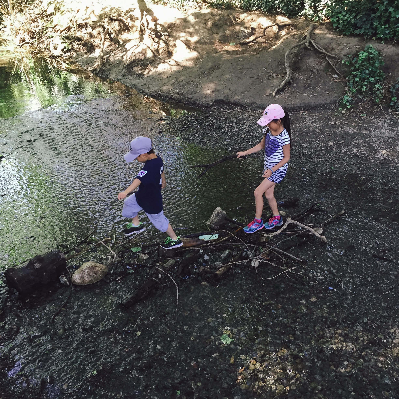 Raising-Confident-Kids-Explore-Paths.jpg